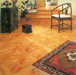Kazetová dubová podlaha v chodbě