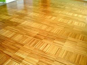 Průmyslová mozaiková teaková podlaha